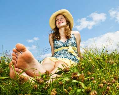 girls big feet pics
