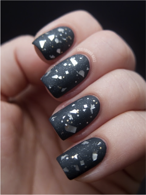 This new nail trend is earth-shattering - GirlsLife