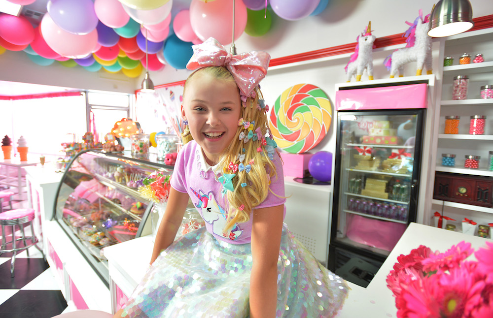 Watch Jojo Siwa S Sweet New Quot Kid In A Candy Store Quot Music