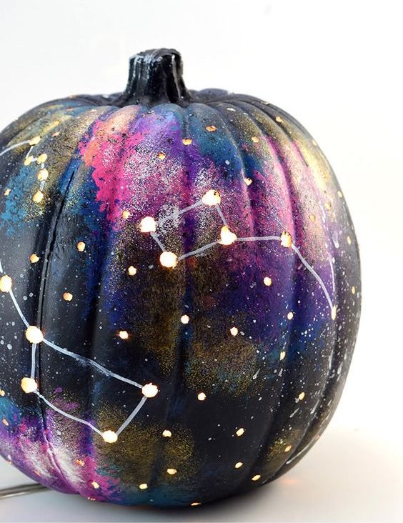 7 spooky diy decorations you have to try girlslife 7 spooky diy decorations you have to try solutioingenieria Gallery
