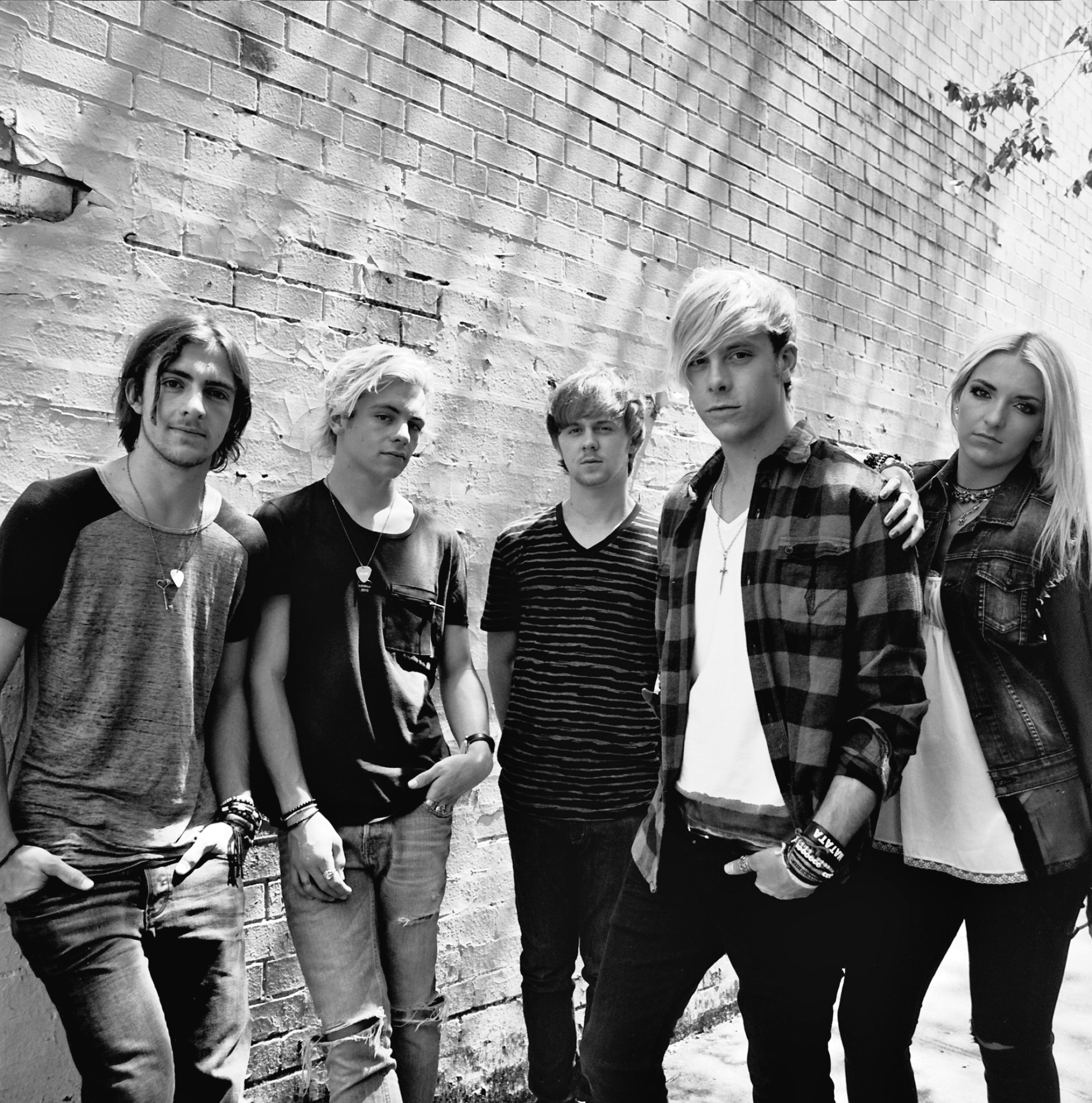 Weve got our iheart made up oni r5s new ep girlslife weve got our heart made up on r5s new ep kristyandbryce Images