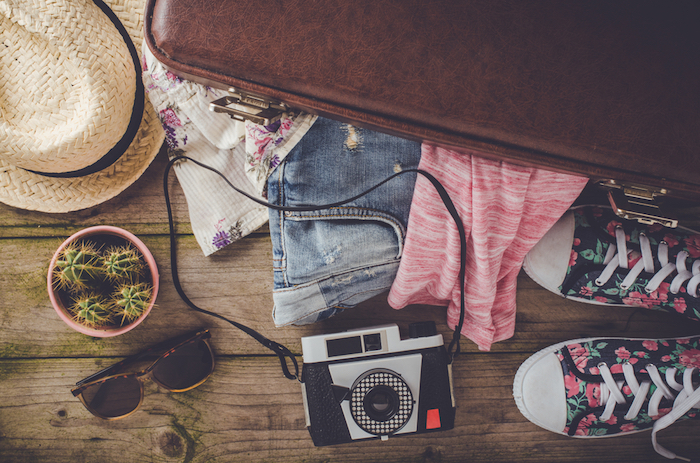 f57893ff6f9 Forget much  Exactly what to pack for your summer vacation - GirlsLife