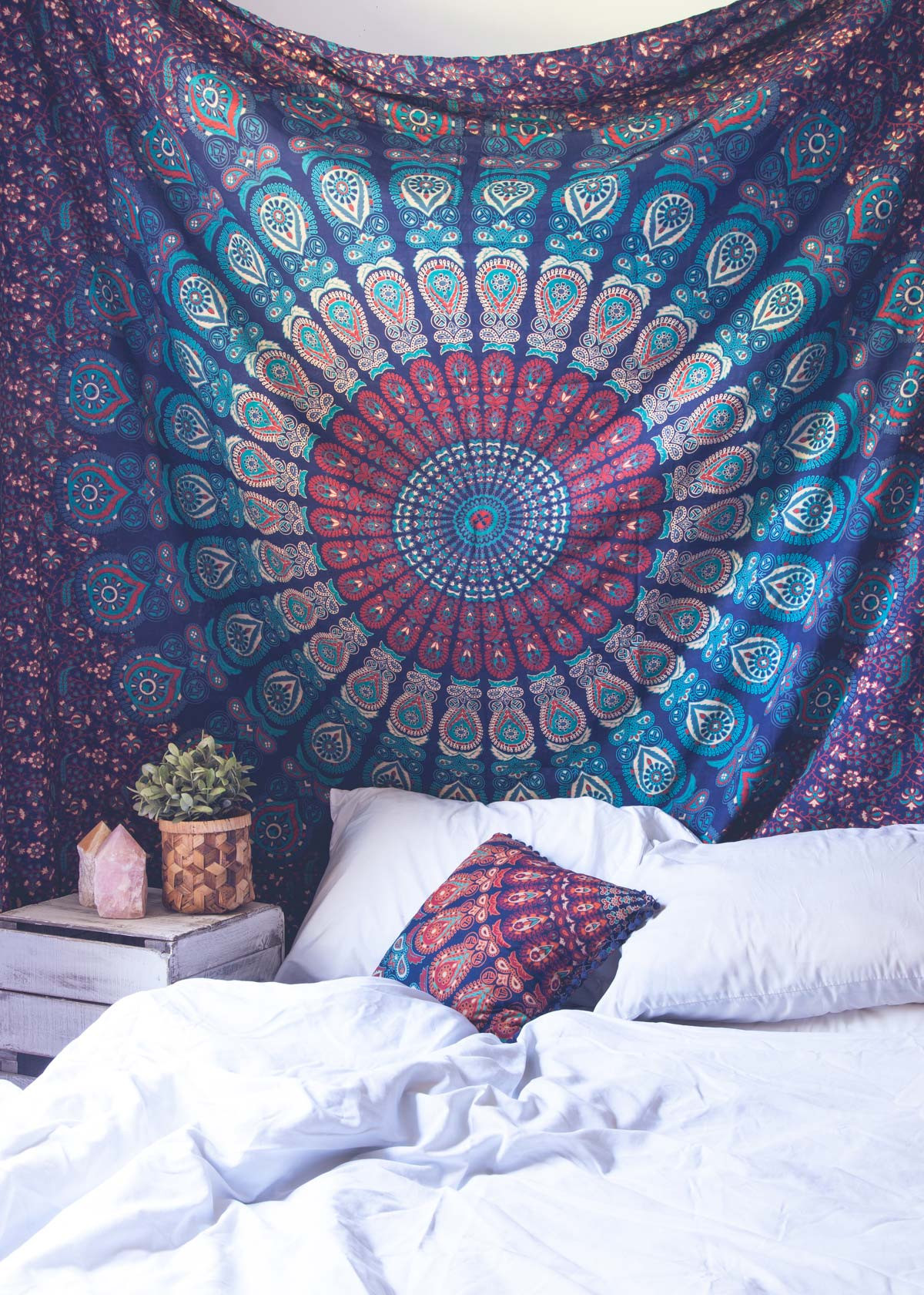 These Tapestries Will Totally Revamp Your Room Girlslife