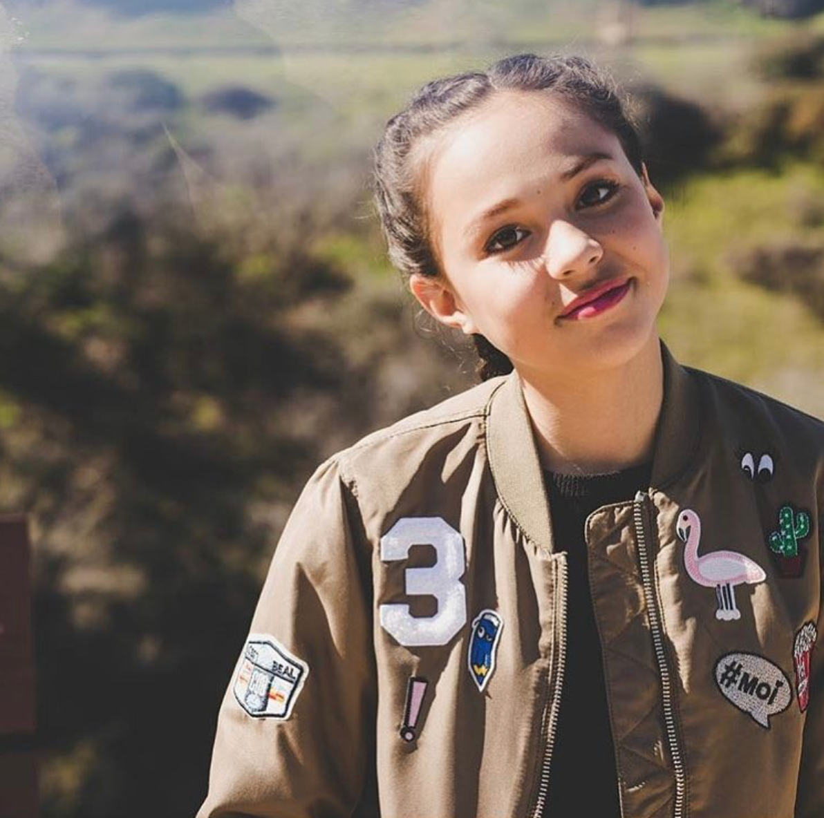 picture Breanna Yde
